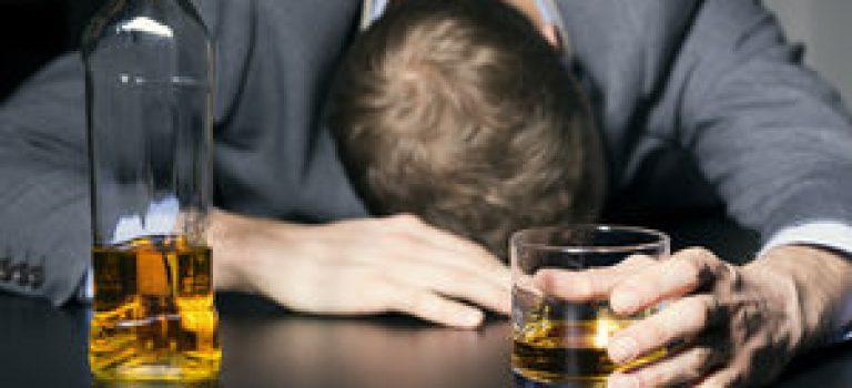 مشروبات الکلی؛ ویران کننده ای غیرقابل ترک